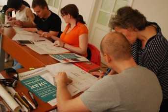 Students participate at workshop