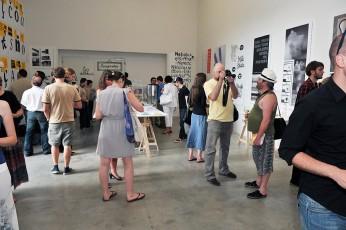Výstava vybraných prací Mezinárodní přehlídky proběhla v galerii Dox v Praze v roce 2011.